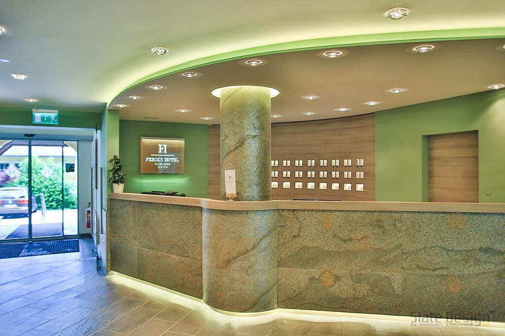 Ferien Hotel - Obklad z kamennej dyhy